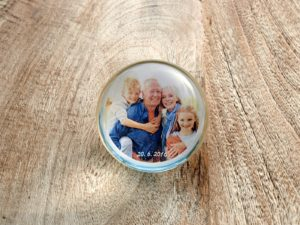 Photopaperweight with grandparents and grandchildren