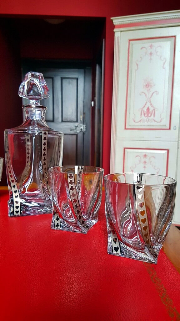 Silver poker whisky set 1 + 4_chateau