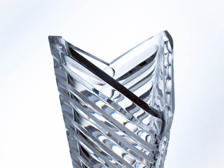 Hand-made and cut crystal triangular vase - Arrow, 40 cm